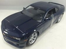 Maisto - 31173 - 2010 Chevrolet Camaro SS RS Scale 1:18 - Navy