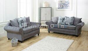Nicole Chesterfield Sofa 2 Seater | Small Livingroom | Grey Kenzington Fabric