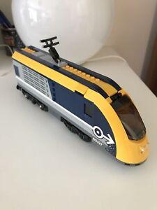 LEGO LOCOMOTIVA treno passeggeri Set 60197 senza motore e batteria -  NUOVO