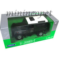 WELLY 22498 LAND ROVER DEFENDER 1/24 DIECAST MODEL CAR GREEN