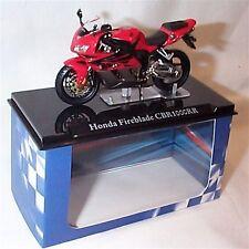 Atlas motorbike Honda Fireblade CBR1000RR 1-24 Scale New in Case