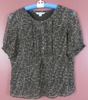 TB07595- PENDLETON Women's 100% Silk Short Sleeve Blouse Multicolor Geo 12P