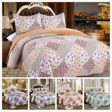 3 Pieces Microfiber Queen/King Quilt Set with Sherpa Backing, Floral Patchwork