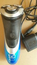 Philips AT890 AquaTouch Wet and Dry electric shaver with pop up trimmer 0146