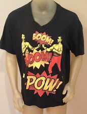 NWT XZAVIER BOOM! BOOM! POW! Fighting BLACK V-NECK T-Shirt Mens Medium M
