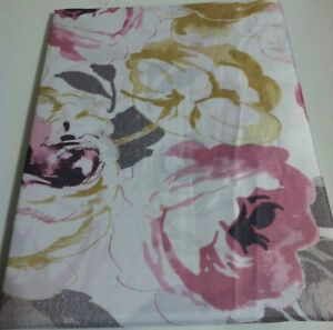 """New Creative Bath Fabric Shower curtain 72"""" x 72"""" Cabbage roses pink Prints"""