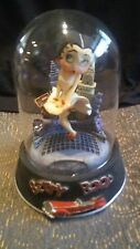 """1996 BETTY BOOP """" COOL BREEZE """"  HAND PAINTED FIGURINE IN GLASS DOME"""