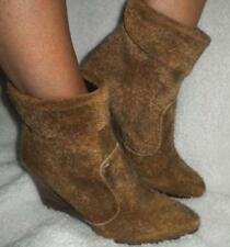 FREE PEOPLE WOMAN'S SIZE EURO 38 - USA 7 1/2 - 8 TAUPE RAW DISTRESSED ANKLE BOOT