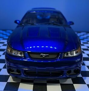 1/18 Maisto 2003 Ford Mustang Cobra Coupe - Sonic Blue (Authentic SN Paint Code)