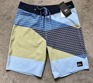 ~ QUICKSILVER ~ NEW Boys Board Shorts Swim Boardies ~ Size 16 ( 30 mens) ~ BNWT