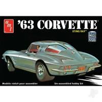 1963 Chevy Corvette 1:25 Scale Model Kit AMT861 AMT