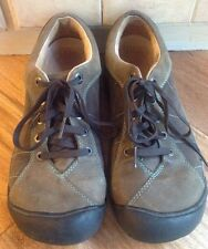Women's 9.5 KEEN Brown Leather Hiking Comfort Walking Shoes Leather Lined