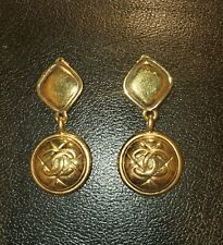 Authentic Vintage Chanel Cc Logo Gold Tone Clip-On Earrings