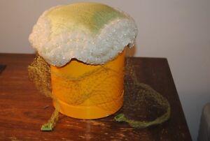 Vintage ladies women (s) hat with veil green white