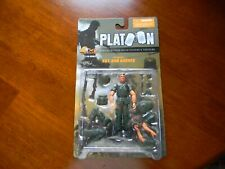 1:18 21st Century Toys Ultimate Soldier Platoon Tom Berenger as SGT Bob Barnes