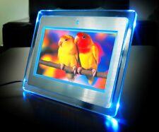 """Digitaler Bilderrahmen Fotorahmen 7"""" Aluminium gebürstet mit LED Beleuchtung"""