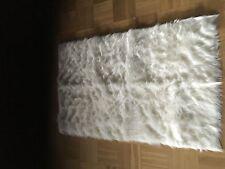 Einfarbige Wohnraum-Teppiche im Hochflor -/Shaggy -/Flokati-Stil aus Acryl