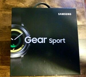 Samsung Gear Sport Smart Watch SM-R600NZKAXAR Black w/ OEM bands and box