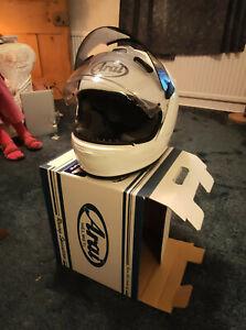 Arai Chaser V Pro motorcycle helmet white medium