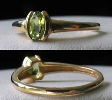 Natural Green Oval Peridot 14Kt Yellow Gold Solitaire Ring Size 7 1/4 9982W