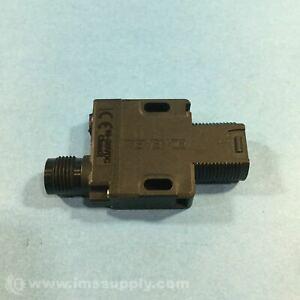 Keyence PZ-G51CBR Photoelectric Sensor, Threaded Mount FNIP