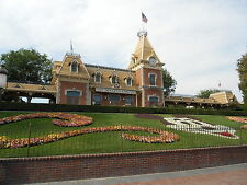 Disneyland Daily Touring Itinerary + Money-Saving Guide + FP Tips + Park Maps