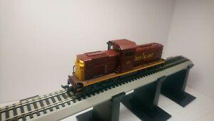 AHM HO Train Rock Island Alco Century 415 Lighted Dummy Diesel Locomotive
