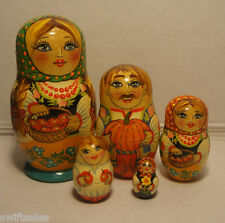 Vintage Russian Matryoshka Russian Wooden Nesting Dolls - 5 pieces