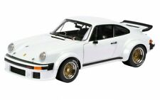 Porsche 934 RSR 1976 blanco 1/18 Schuco 450033700