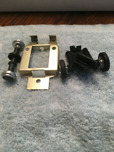Strombecker 1/32 slot car 2 part chassis, axle and wheels for parts