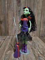 Monster High Casta Fierce Doll Sasha Fierce Outfit Shoes Broom
