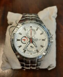 Herren Chronograph Armbanduhr PulsarYM82X235 10 Bar / 100 M *gebraucht*