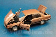BMW 750i Klassik, bronze metallic, M 1:24 Schabak 1620 Modellbau Auto OVP