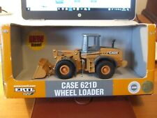 Diecast ERTL 14319 CASE 621D Wheeled Loader, 1:50 scale, BNIB