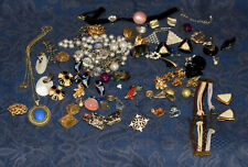 Vintage BIG LOT Fashion Jewelry NECKLACES, EARRINGS