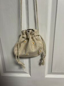 Small Beige Drawstring Crossbody Bag With Daisies