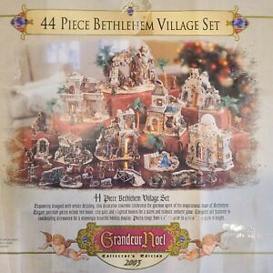 Grandeur Noel 44pc Bethlehem Village Set Christmas Nativity Scene 2003 Complete