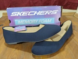 Skechers Women's Cleo Claw Flats. Size 10. Navy Blue Color.