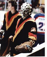 GARY BROMLEY OLD VINTAGE SKULL GOALIE MASK NHL HOCKEY 8X10 PHOTO