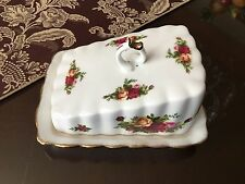 Old Country Roses Cheese/Butter Wedge Tray Dish with Lid Bone China (unused)