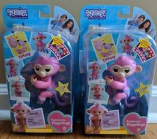 (X)  Lot of 2 Fashionista Fingerlings Tiffany 2018 Spin Master  Damaged Package