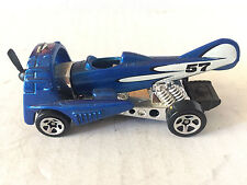 HOT WHEELS ÉCHELLE 1:43 MATTEL CHIEN FIGHTER