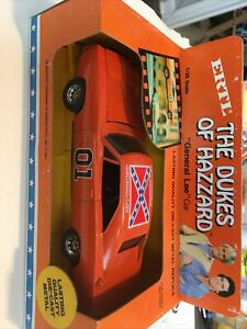 DUKES OF HAZZARD - GENERAL LEE - 1981 ERTL  1969 DODGE CHARGER - 1/25 SCALE Nice