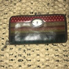 Fossil zip around wallet key-per Brown Multi COlor Key Hole Detail