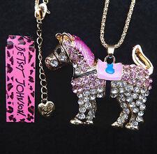 Rosa de Betsey Johnson Cristal Cadena Collar Colgante de oro de Caballo Bolsa De Regalo Gratis