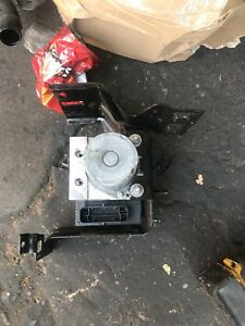 2013 Citreon Ds4 1.6 E-HDI Abs Pump 9800589380