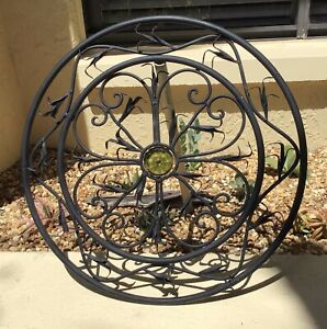 VINTAGE ARCHITECTURAL CIRCLE WALL HANGING w GLASS FLOWER MEDALLION CENTER