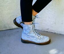 DR MARTENS Air Wair Victorian Blue Floral Leather  Lace Up Boots Size 9 Womens