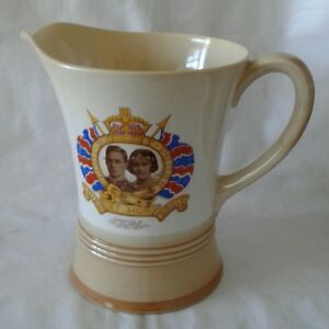 Large Shelley King George V1 1937 Coronation Hand Wind Musical Jug.