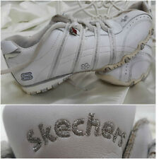 SKECHERS White Silver Shoes with Charms Youth Girls Size 4 EUC!